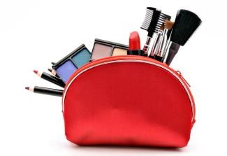 product-photographer-cosmetics-makeup-case