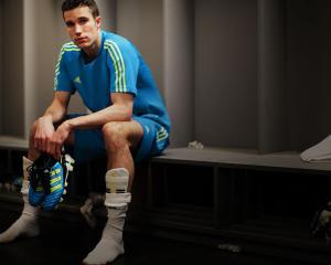 footballer_dressing_room_form_man_sport_1280x1024_hd-wallpaper-368240