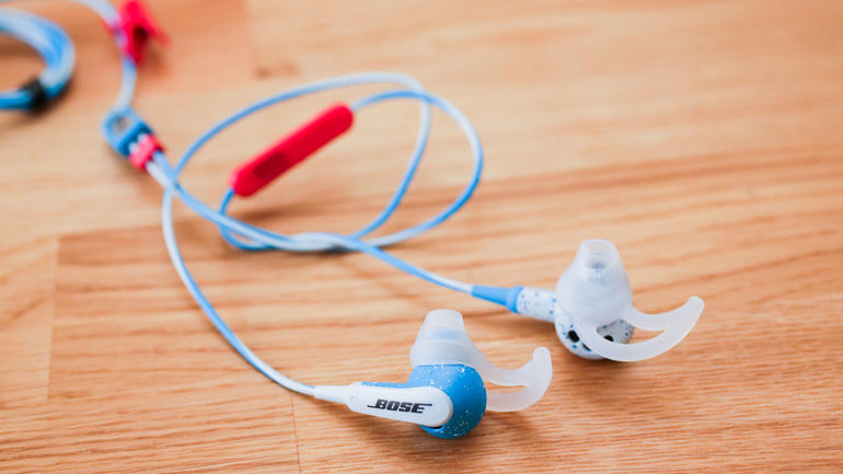 bose-freestyle-earbuds-product-photos