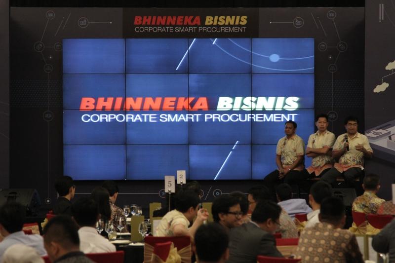 Acara Soft Launch Bhinneka Bisnis 4 Mei lalu. (Kiri ke Kanan) Peter Rumahlewang (GM for Corporate Sales B2B, Edward Ismawan Chamdani (Chief Business Officer) & Heriyadi Janwar (VP for Corporate Sales)