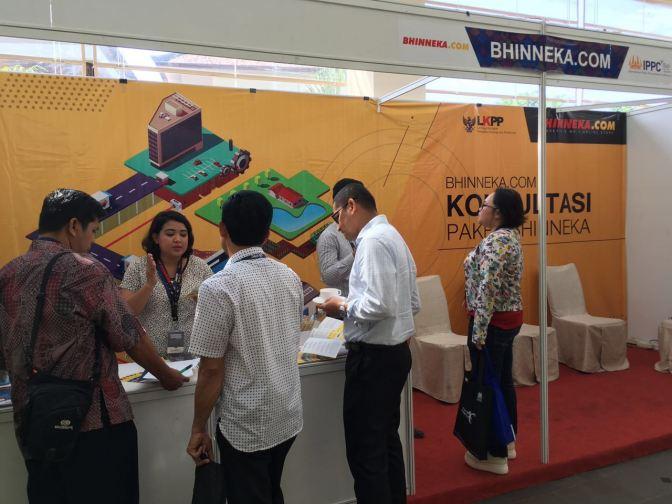 Booth Bhinneka.Com di acara IPPC ke-7 di Bali yang dikunjungi oleh para peserta
