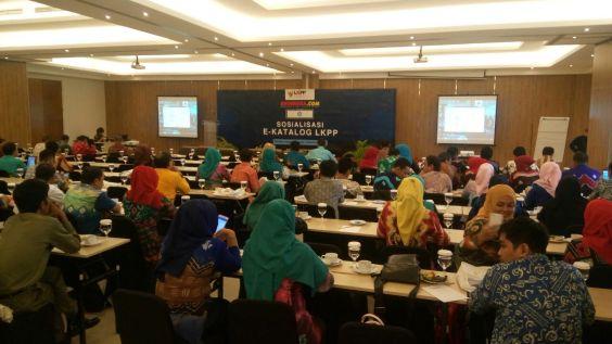Suasana Sosialisasi e-katalog LKPP di Banjarmasin dengan Jumlah Peserta yang Hadir sekitar 170 orang